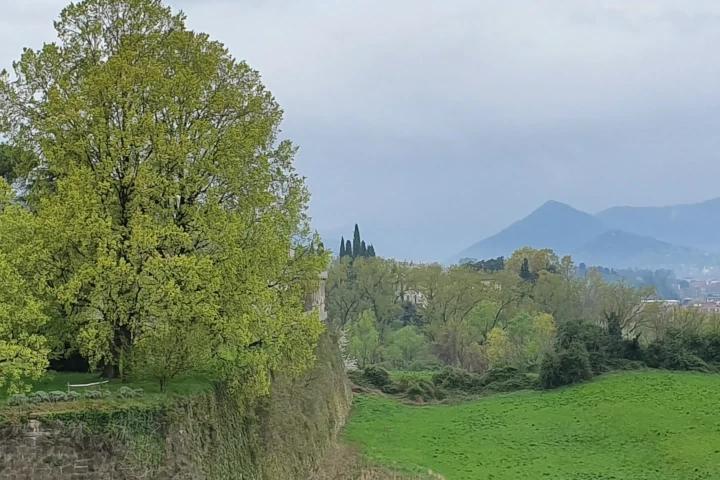 Vista delle mura di Bergamo
