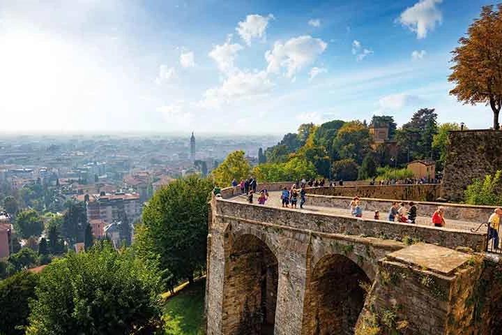 Vista di Bergamo da Porta San Giacomo
