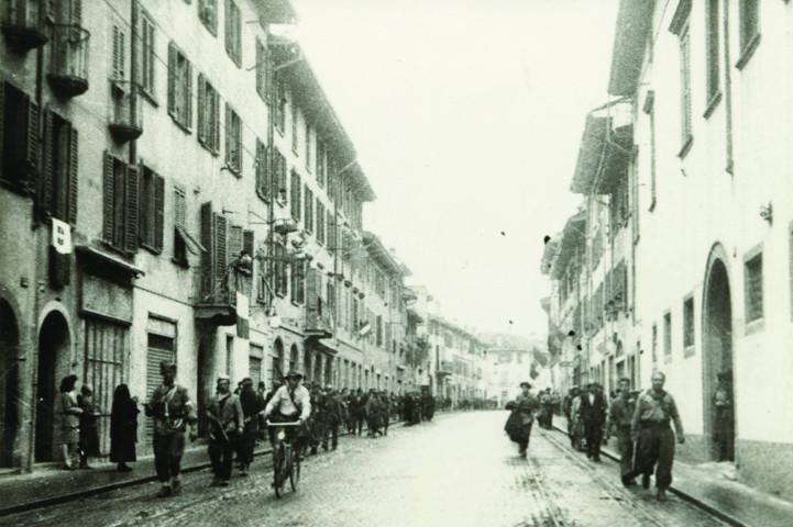 Partigiani in Borgo Santa Caterina, 27 aprile 1945