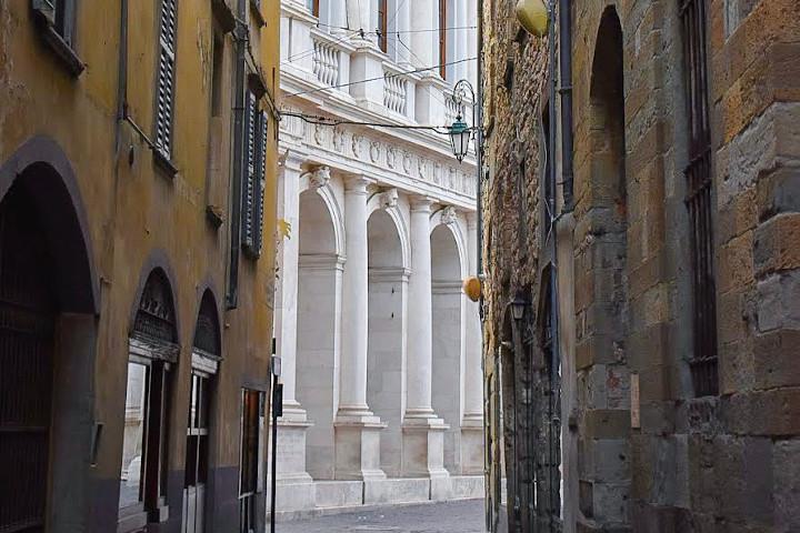 Via Corsarola, Bergamo